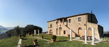 tuscan villas farmhouse for sale in tuscany jp