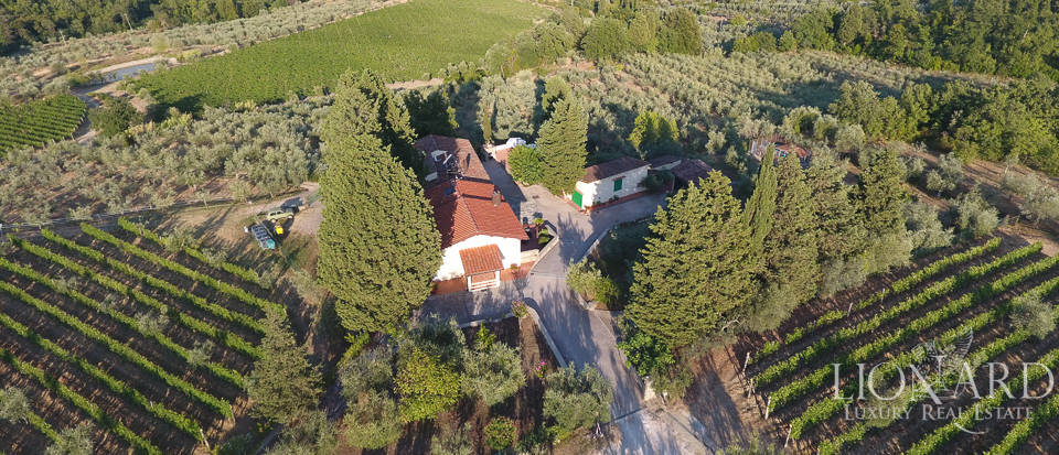 Luxury farmstead a few kilometres from Florence Image 45
