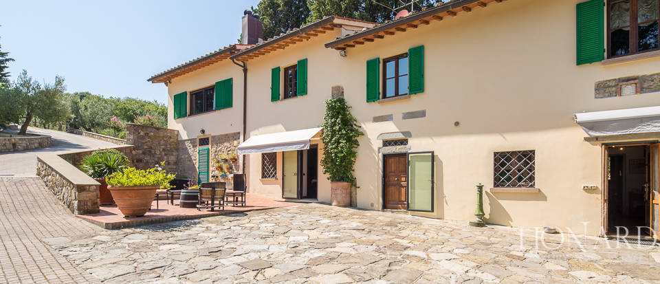 Luxury farmstead a few kilometres from Florence Image 2