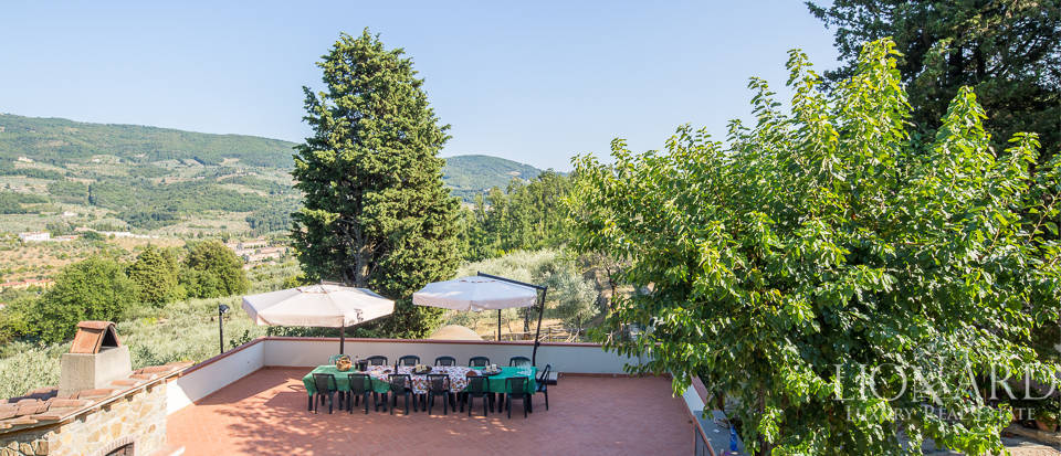 Luxury farmstead a few kilometres from Florence Image 3