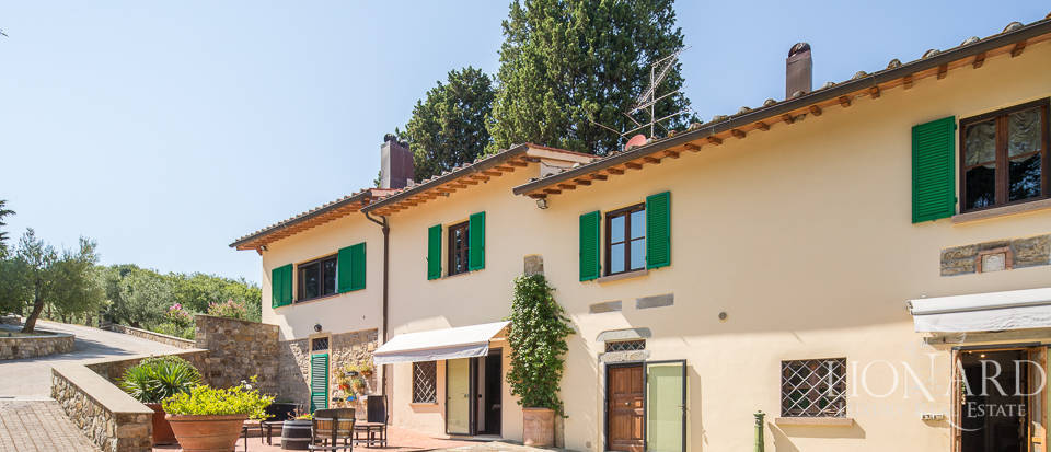 Luxury farmstead a few kilometres from Florence Image 4