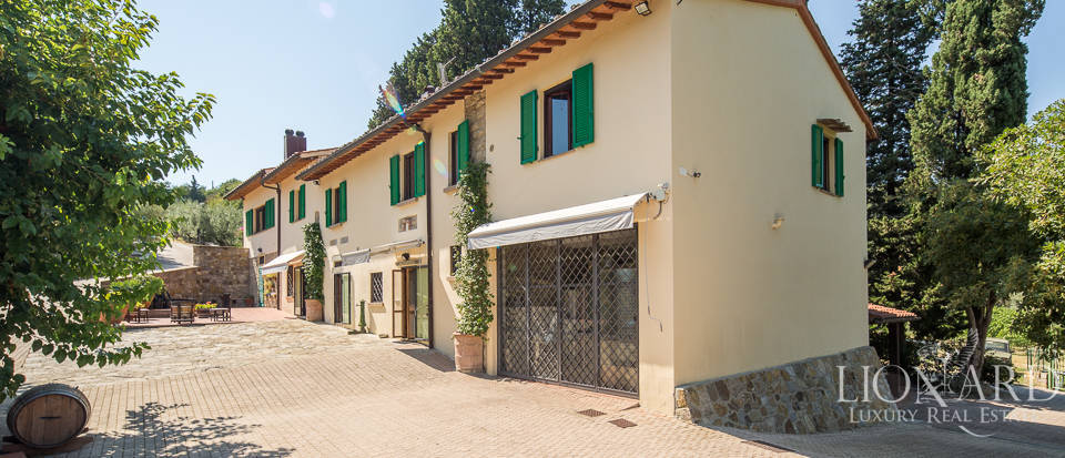 Luxury farmstead a few kilometres from Florence Image 49