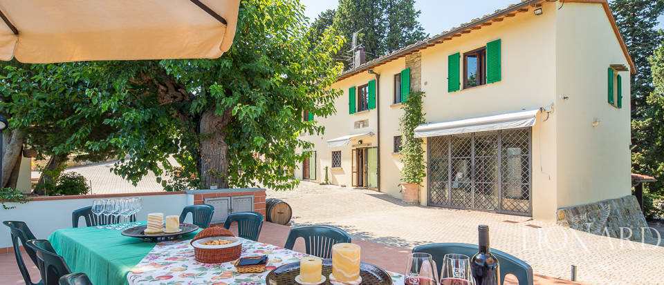 Luxury farmstead a few kilometres from Florence Image 5