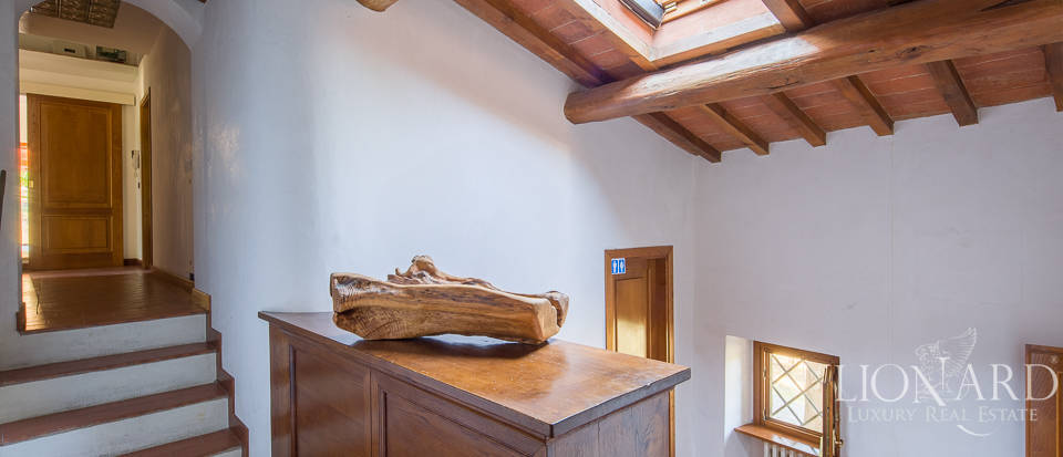 Luxury farmstead a few kilometres from Florence Image 32