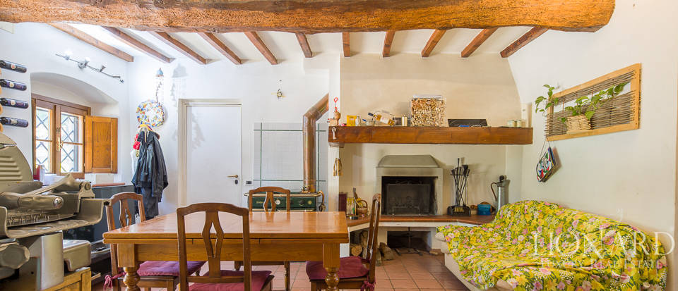 Luxury farmstead a few kilometres from Florence Image 25