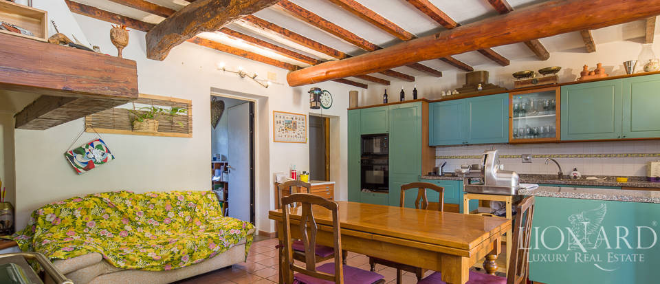 Luxury farmstead a few kilometres from Florence Image 26