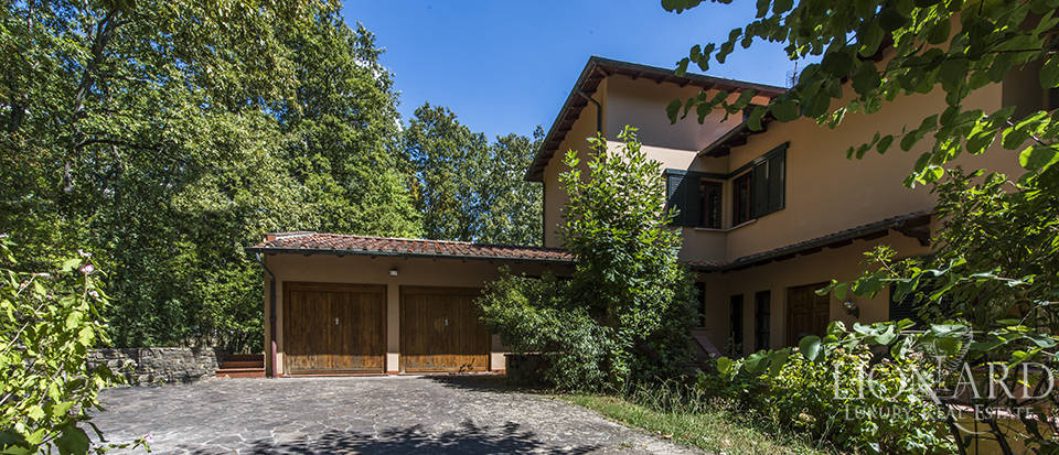 charming villa five minutes from lucca s town centre