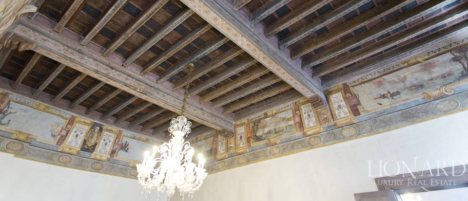 Period estate for sale in Ravenna Image 15