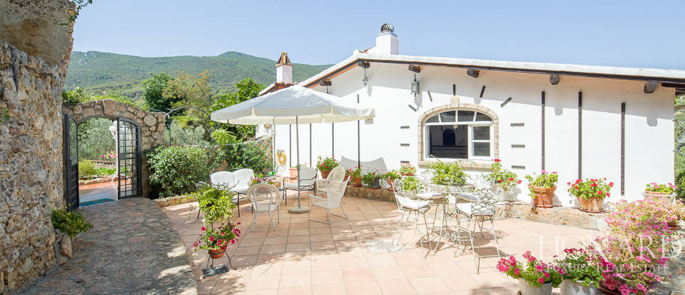 Dream villa with swimming pool for sale on Mount Argentario Image 61