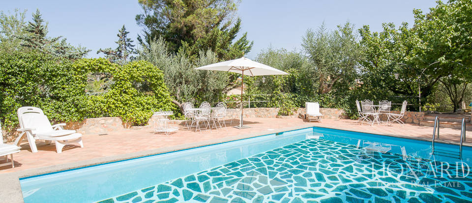 Dream villa with swimming pool for sale on Mount Argentario Image 64