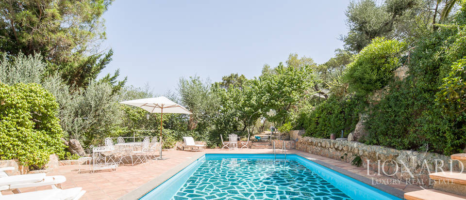 Dream villa with swimming pool for sale on Mount Argentario Image 3