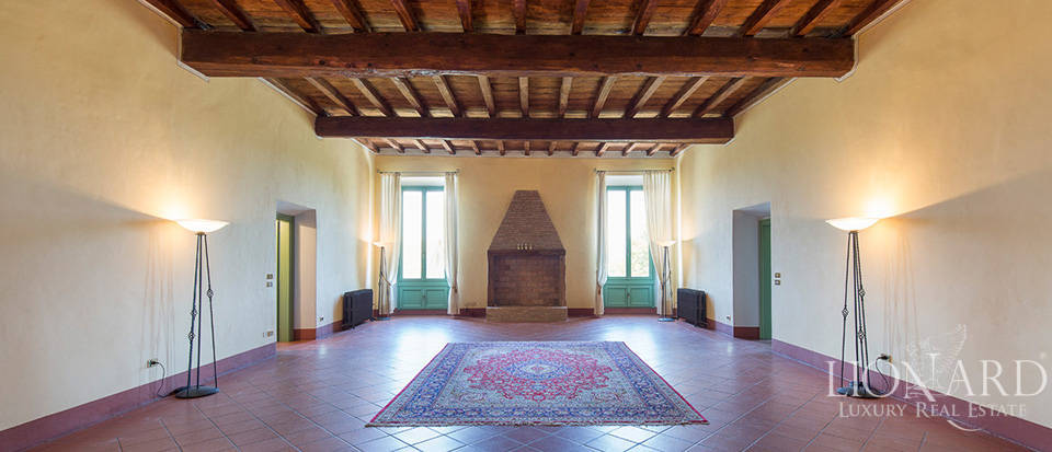 Historical villa for sale in Lombardy Image 18