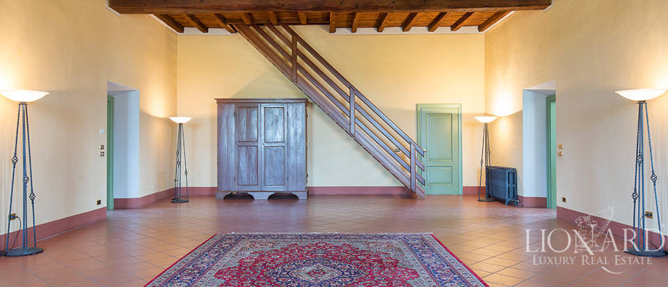 Historical villa for sale in Lombardy Image 20