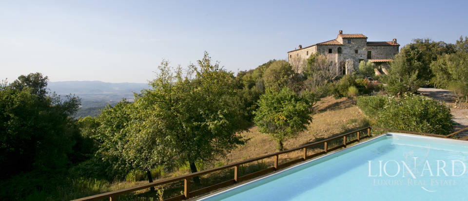 Wonderful tuscan farmhouse for sale Image 16
