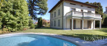 comfortable villa for sale in como