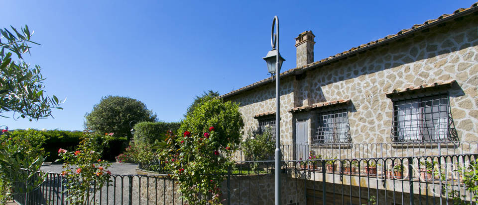 Villa for sale in Bracciano Image 5