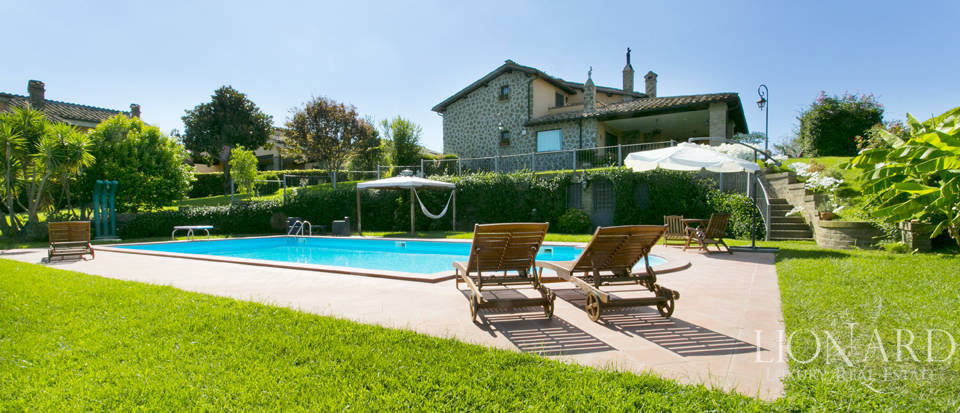 Villa for sale in Bracciano Image 1