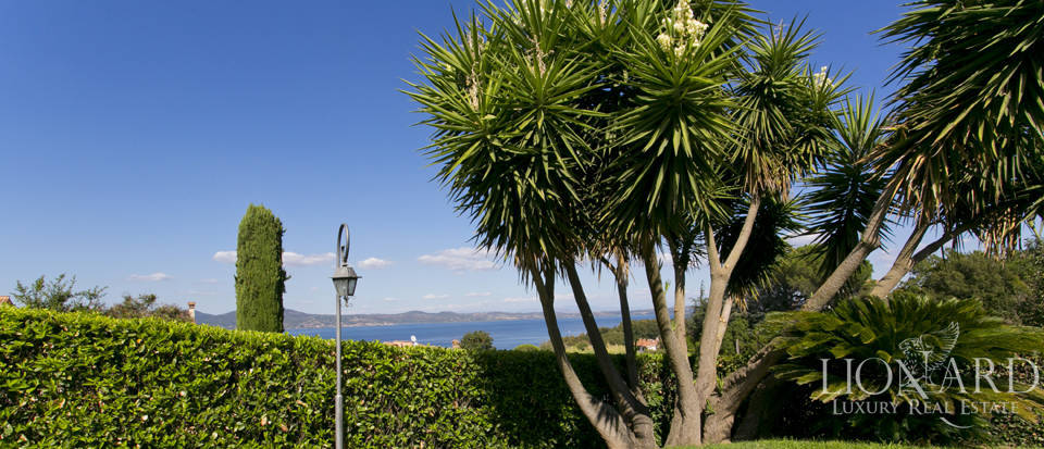 Villa for sale in Bracciano Image 18