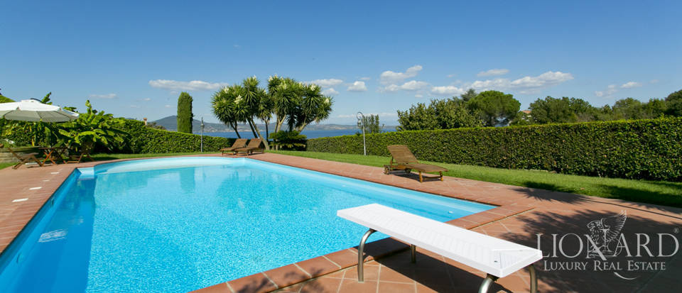 Villa for sale in Bracciano Image 16