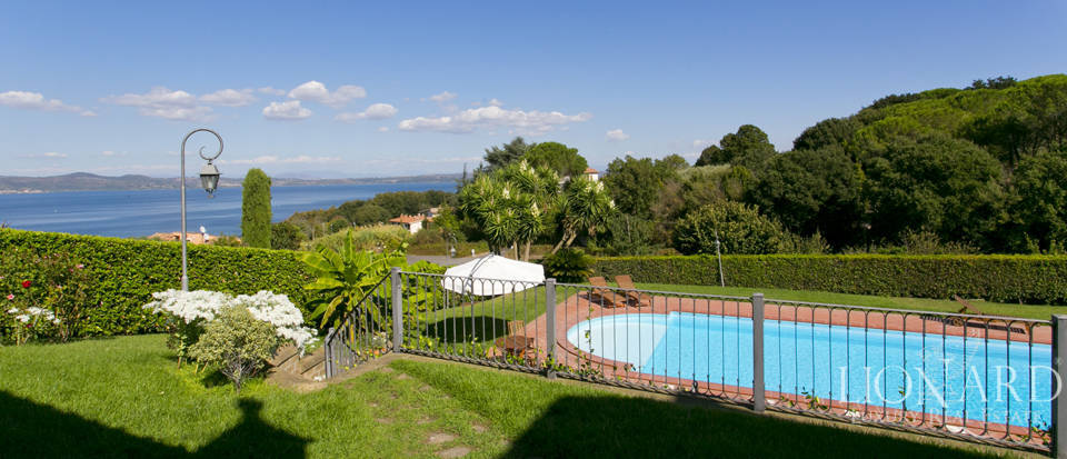 Villa for sale in Bracciano Image 21