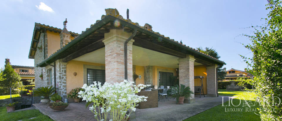Villa for sale in Bracciano Image 22