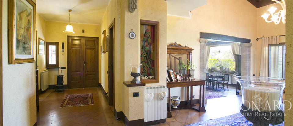 Villa for sale in Bracciano Image 30