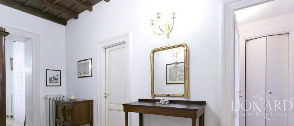Apartment for sale in the centre of Rome Image 10