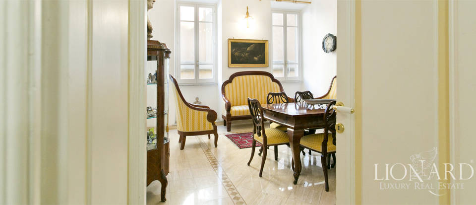 Apartment for sale in the centre of Rome Image 8