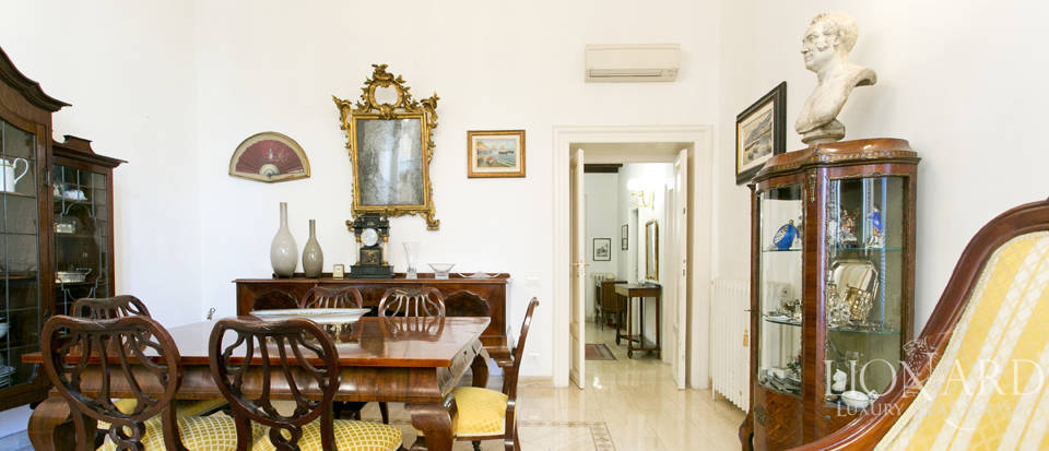 Apartment for sale in the centre of Rome Image 7