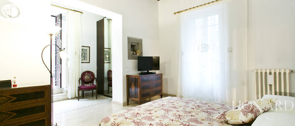 Apartment for sale in the centre of Rome Image 22