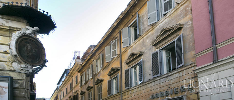 Apartment for sale near the Spanish Steps Image 1