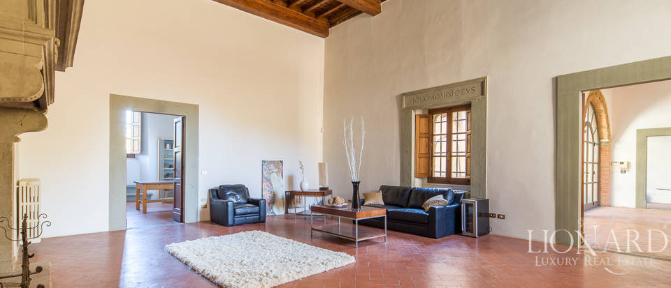 Luxury villa for sale in Florence Image 8