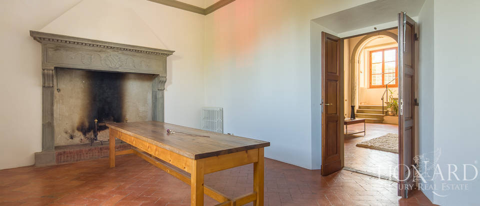 Luxury villa for sale in Florence Image 12