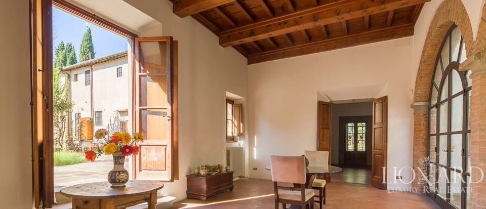 Luxury villa for sale in Florence Image 17