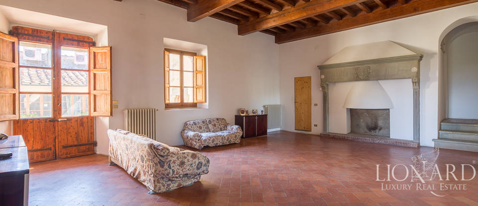 Luxury villa for sale in Florence Image 37