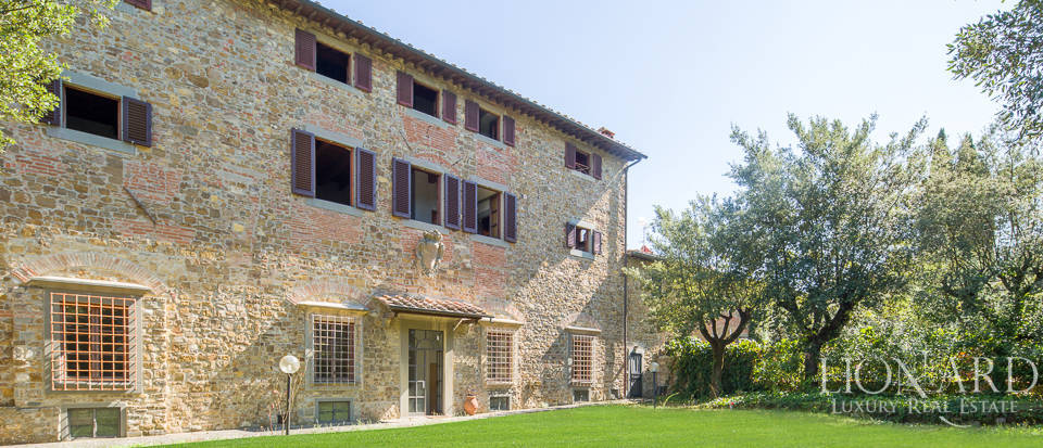 Luxury villa for sale in Florence Image 3