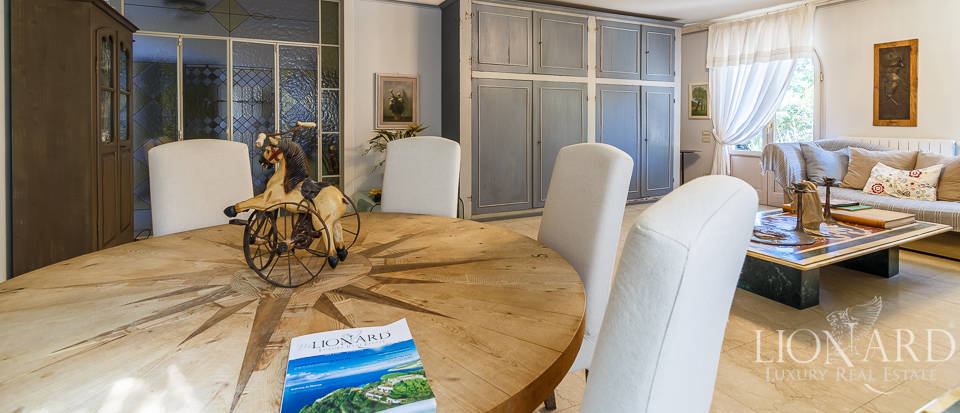 Luxury villa in an exclusive area in Forte dei Marmi Image 31
