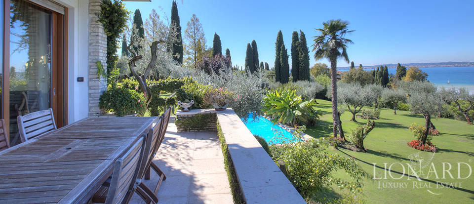 Villa for sale in Sirmione Image 30