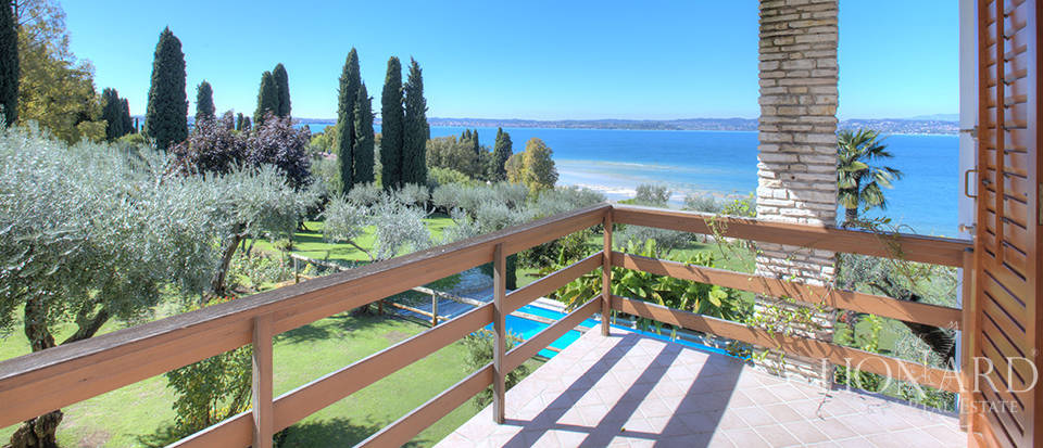 Villa for sale in Sirmione Image 40