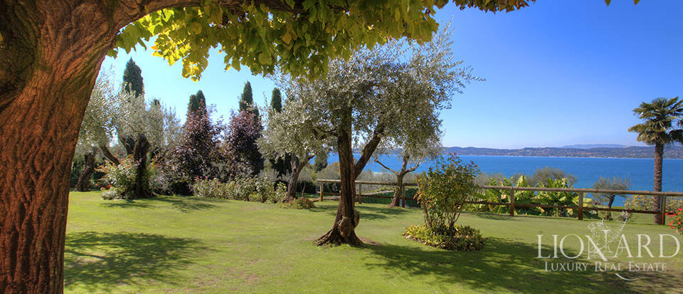 Villa for sale in Sirmione Image 15