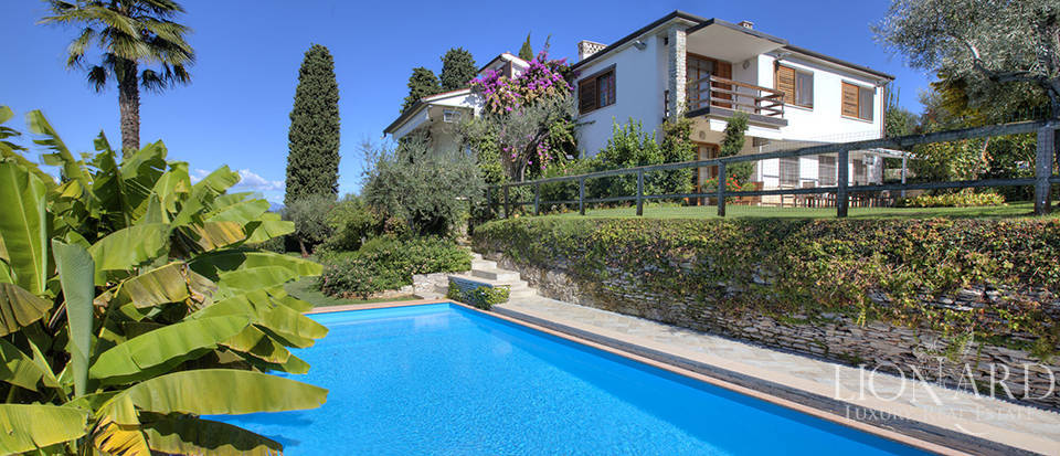 Villa for sale in Sirmione Image 17