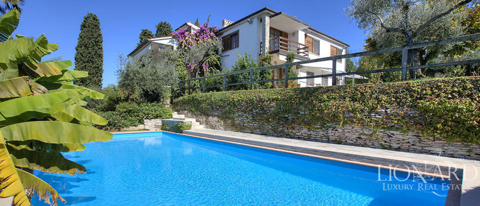 Villa for sale in Sirmione Image 6