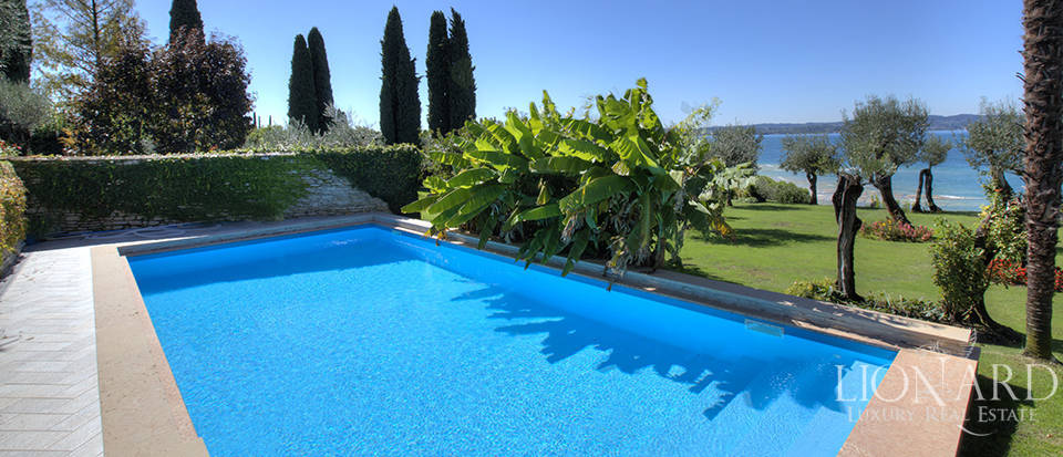 Villa for sale in Sirmione Image 19