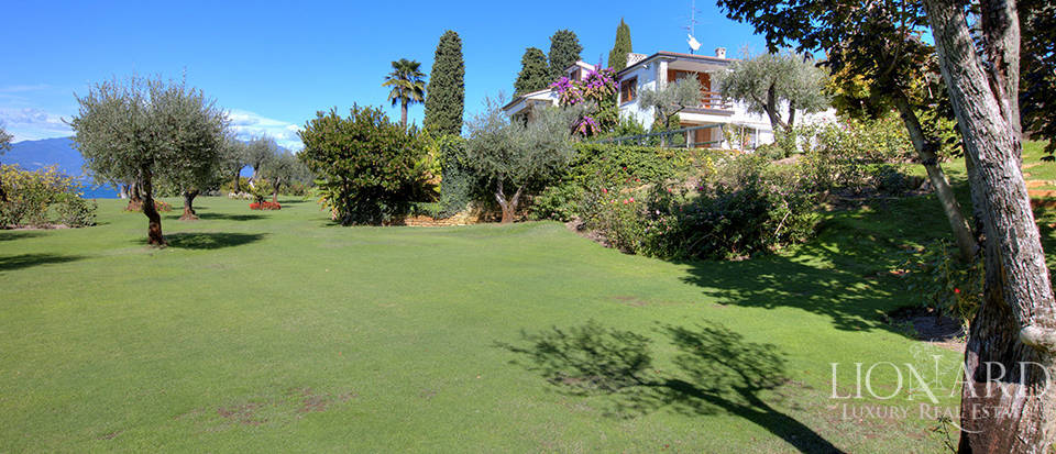 Villa for sale in Sirmione Image 7