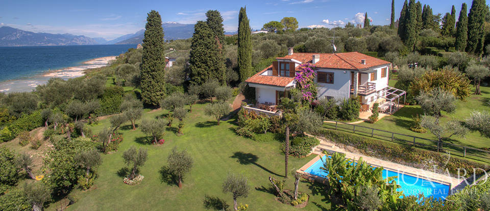 Villa for sale in Sirmione Image 3