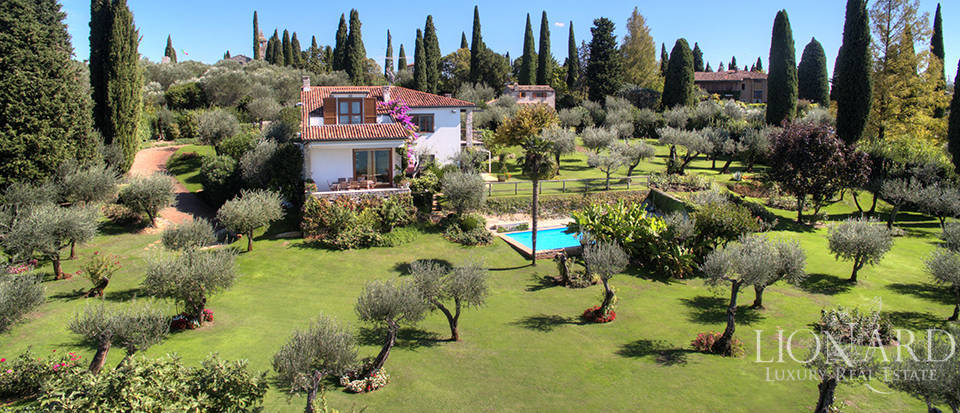 Villa for sale in Sirmione Image 5