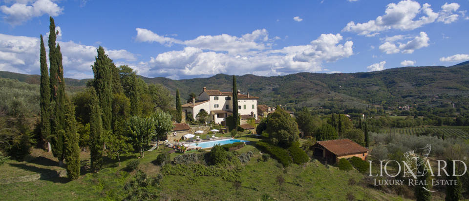 Wonderful tuscan villa for sale Image 4
