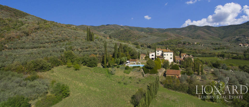 Wonderful tuscan villa for sale Image 8