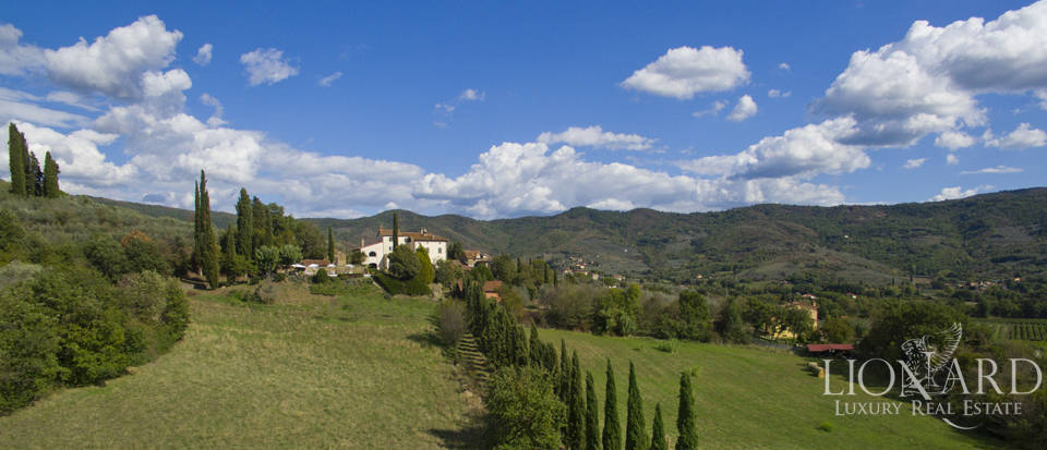 Wonderful tuscan villa for sale Image 10