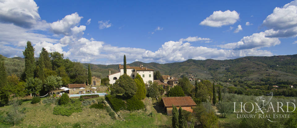 Wonderful tuscan villa for sale Image 11